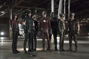 """Arrow -- """"Legends of Yesterday"""" -- Image AR408B_379b.jpg -- Pictured (L-R): Willa Holland as Speedy, Stephen Amell as The Arrow, Katie Cassidy as Black Canary, Grant Gustin as The Flash, David Ramsey as John Diggle, Ciara Renee as Hawkgirl and Falk Hentschel as Hawkman -- Photo: Katie Yu/ The CW -- © 2015 The CW Network, LLC. All Rights Reserved."""