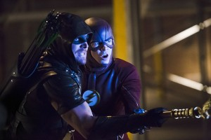 """Arrow -- """"Legends of Yesterday"""" -- Image AR408B_0392b.jpg --  Pictured (L-R): Stephen Amell as The Arrow and Grant Gustin as The Flash -- Photo: Katie Yu/ The CW -- © 2015 The CW Network, LLC. All Rights Reserved."""