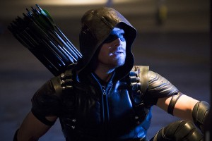 """Arrow -- """"Legends of Yesterday"""" -- Image AR408B_0314b.jpg --  Pictured: Stephen Amell as The Arrow -- Photo: Katie Yu/ The CW -- © 2015 The CW Network, LLC. All Rights Reserved."""