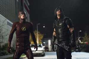 """The Flash -- """"Legends of Today"""" -- Image FLA208B_0295b.jpg -- Pictured (L-R): Grant Gustin as The Flash and Stephen Amell as The Arrow -- Photo: Cate Cameron/The CW -- © 2015 The CW Network, LLC. All rights reserved."""