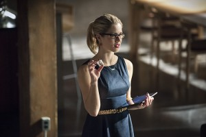 """Arrow -- """"Brotherhood"""" -- Image AR407A_0263b.jpg -- Pictured: Emily Bett Rickards as Felicity Smoak -- Photo: Dean Buscher/The CW -- © 2015 The CW Network, LLC. All Rights Reserved."""
