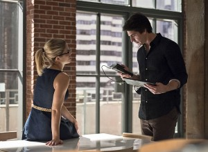 """Arrow -- """"Brotherhood"""" -- Image AR407A_0142b.jpg -- Pictured (L-R): Emily Bett Rickards as Felicity Smoak and Brandon Routh as Ray Palmer -- Photo: Dean Buscher/The CW -- © 2015 The CW Network, LLC. All Rights Reserved."""