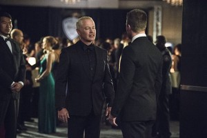 """Arrow -- """"Brotherhood"""" -- Image AR407B_244b.jpg -- Pictured: Neal McDonough as Damien Darhk and Stephen Amell as Oliver Queen -- Photo: Cate Cameron/The CW -- © 2015 The CW Network, LLC. All Rights Reserved."""