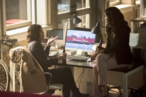 """The Flash -- """"Enter Zoom"""" -- Image FLA206B_0162b.jpg -- Pictured (L-R): Malese Jow as Linda Park and Candice Patton as Iris West -- Photo: Dean Buscher/The CW -- © 2015 The CW Network, LLC. All rights reserved."""