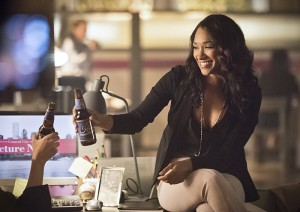 """The Flash -- """"Enter Zoom"""" -- Image FLA206B_0144b.jpg -- Pictured: Candice Patton as Iris West -- Photo: Dean Buscher/The CW -- © 2015 The CW Network, LLC. All rights reserved."""