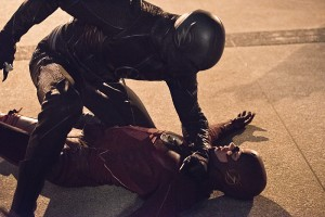 """The Flash -- """"Enter Zoom"""" -- Image FLA206A_0378b.jpg -- Pictured (L-R): Zoom and Grant Gustin as The Flash -- Photo: Dean Buscher/The CW -- © 2015 The CW Network, LLC. All rights reserved."""