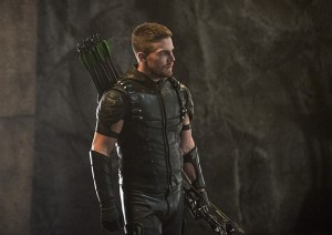 "Arrow -- ""Haunted"" -- Image AR404B_0209b.jpg -- Pictured: Stephen Amell as The Arrow -- Photo: Cate Cameron/ The CW -- © 2015 The CW Network, LLC. All Rights Reserved."