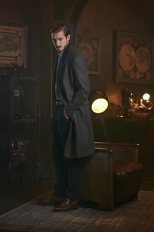 Arthur Darvill as Rip Hunter