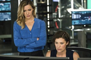 "Arrow -- ""A.W.O.L."" -- Image AR411A_0222b2.jpg -- Pictured (L-R): Katie Cassidy as Laurel Lance and Audrey Marie Anderson as Lyla Michaels -- Photo: Liane Hentscher/ The CW -- © 2016 The CW Network, LLC. All Rights Reserved."