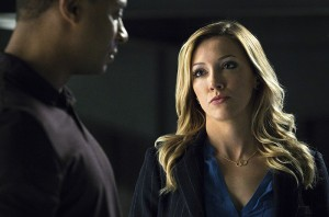 "Arrow -- ""A.W.O.L."" -- Image AR411A_0124b.jpg -- Pictured (L-R): David Ramsey as John Diggle and Katie Cassidy as Laurel Lance -- Photo: Liane Hentscher/ The CW -- © 2016 The CW Network, LLC. All Rights Reserved."