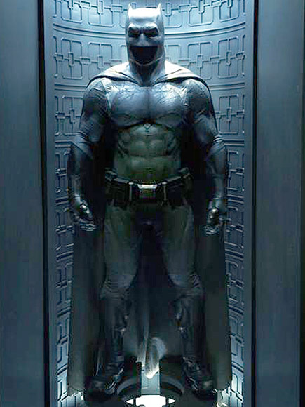 Batman v Superman: Dawn of Justice suit