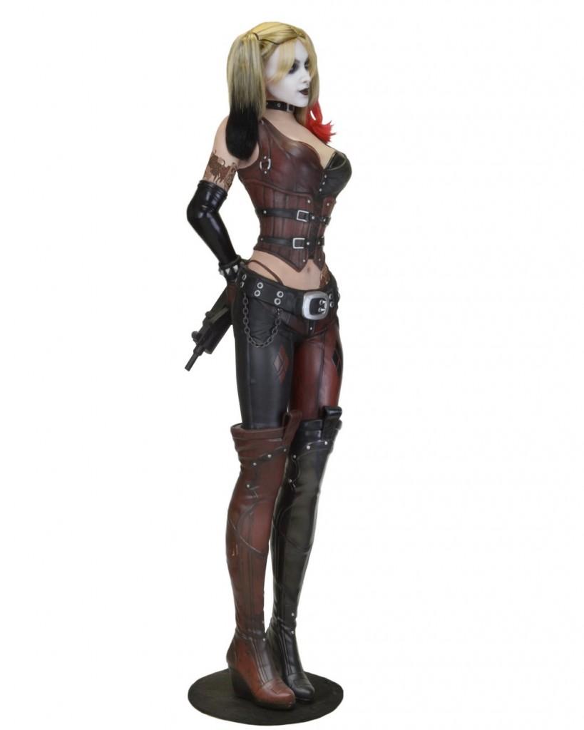 Arkham-City-Harley-Life-Size-NECA-002