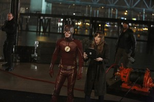 """The Flash -- """"King Shark"""" -- Image FLA215b_0120 -- Pictured (L-R): Grant Gustin as Barry Allen / The Flash, Danielle Panabaker as Caitlin Snow, and David Ramsey as John Diggle -- Photo: Bettina Strauss/The CW -- © 2016 The CW Network, LLC. All rights reserved"""