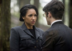 "The Flash -- ""Escape From Earth-2"" -- Image FLA214b_0203b -- Pictured (L-R): Candice Patton as Earth 2 Iris West and Grant Gustin as Earth 2 Barry Allen -- Photo: Bettina Strauss/The CW -- © 2016 The CW Network, LLC. All rights reserved."