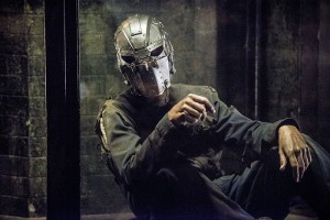 "The Flash -- ""Escape From Earth-2"" -- Image FLA214a_0171b -- Pictured: Man in the Iron Mask -- Photo: Diyah Pera/The CW -- © 2016 The CW Network, LLC. All rights reserved."