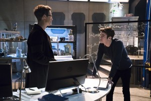 The-Flash-Season-2-Wells-and-Barry