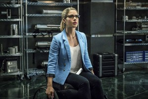 "Arrow -- ""Unchained"" -- Image AR412B_0044b.jpg -- Pictured: Emily Bett Rickards as Felicity Smoak -- Photo: Liane Hentscher/ The CW -- © 2016 The CW Network, LLC. All Rights Reserved."