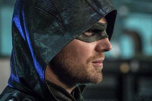 "Arrow -- ""Unchained"" -- Image AR412A_0232b.jpg -- Pictured: Stephen Amell as Green Arrow -- Photo: Liane Hentscher/ The CW -- © 2016 The CW Network, LLC. All Rights Reserved."