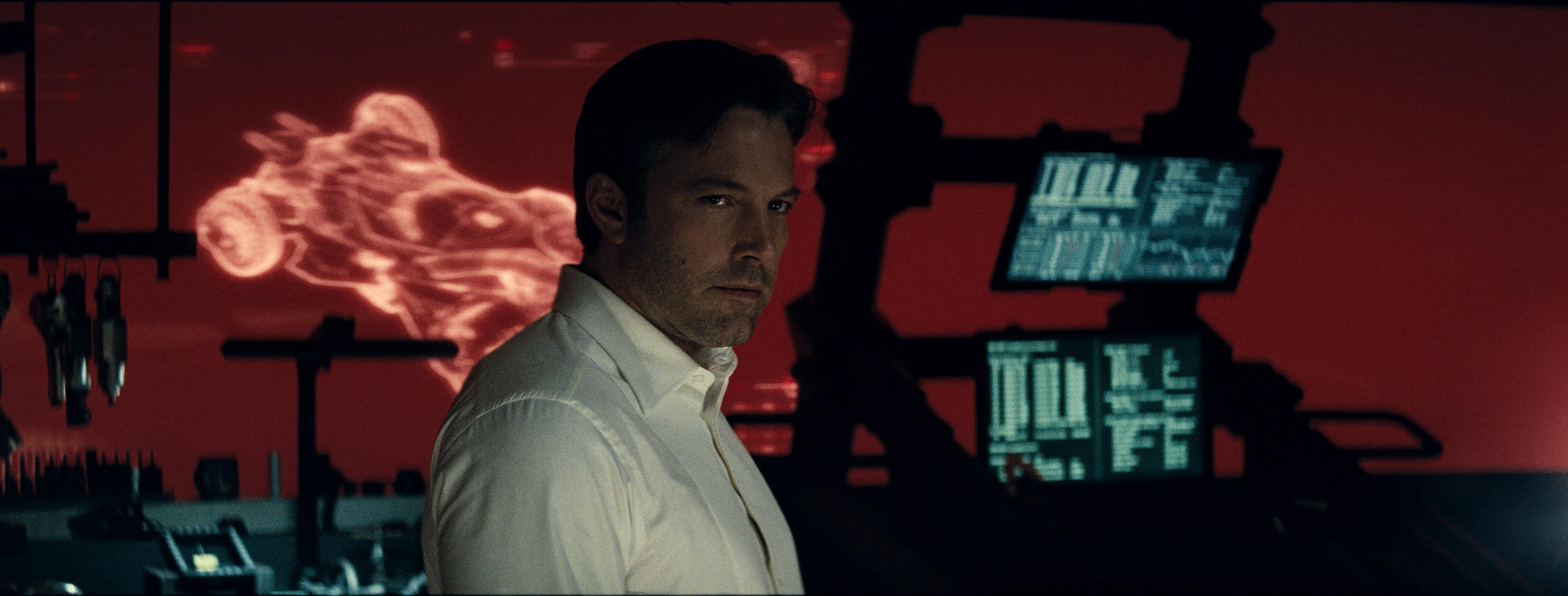 Bruce Wayne Batman v Superman Review dc comics news