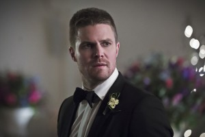 "Arrow -- ""Broken Hearts"" -- Image AR416a_0288b.jpg -- Pictured: Stephen Amell as Oliver Queen -- Photo: Katie Yu/The CW -- © 2016 The CW Network, LLC. All Rights Reserved."