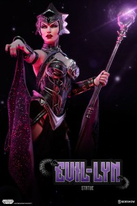 masters-of-the-universe-evil-lyn-statue-200461-01