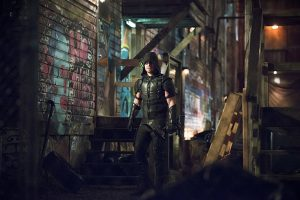 "Arrow -- ""Canary Cry"" -- Image AR419b_0356b.jpg -- Pictured: Stephen Amell as Green Arrow -- Photo: Diyah Pera/The CW -- © 2016 The CW Network, LLC. All Rights Reserved."