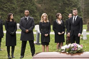"Arrow -- ""Canary Cry"" -- Image AR419b_0132b.jpg -- Pictured (L-R): Katrina Law as Nyssa al Ghul, David Ramsey as John Diggle, Emily Bett Rickards as Felicity Smoak, Willa Holland as Thea Queen and Stephen Amell as Oliver Queen -- Photo: Diyah Pera/The CW -- © 2016 The CW Network, LLC. All Rights Reserved."
