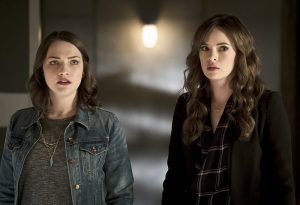 """The Flash -- """"The Race of His Life"""" -- Image: FLA223a_0072b.jpg -- Pictured (L-R): Violett Beane as Jesse Quick and Danielle Panabaker as Caitlin Snow -- Photo: Katie Yu/The CW -- © 2016 The CW Network, LLC. All rights reserved."""