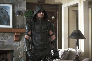 """Arrow -- """"Lost in the Flood"""" -- Image AR422b_0381b.jpg -- Pictured: Stephen Amell as Green Arrow -- Photo: Katie Yu/The CW -- © 2016 The CW Network, LLC. All Rights Reserved."""