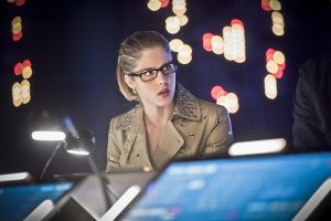 """Arrow -- """"Monument Point"""" -- Image AR421b_0047b.jpg -- Pictured: Emily Bett Rickards as Felicity Smoak -- Photo: Dean Buscher/The CW -- © 2016 The CW Network, LLC. All Rights Reserved."""