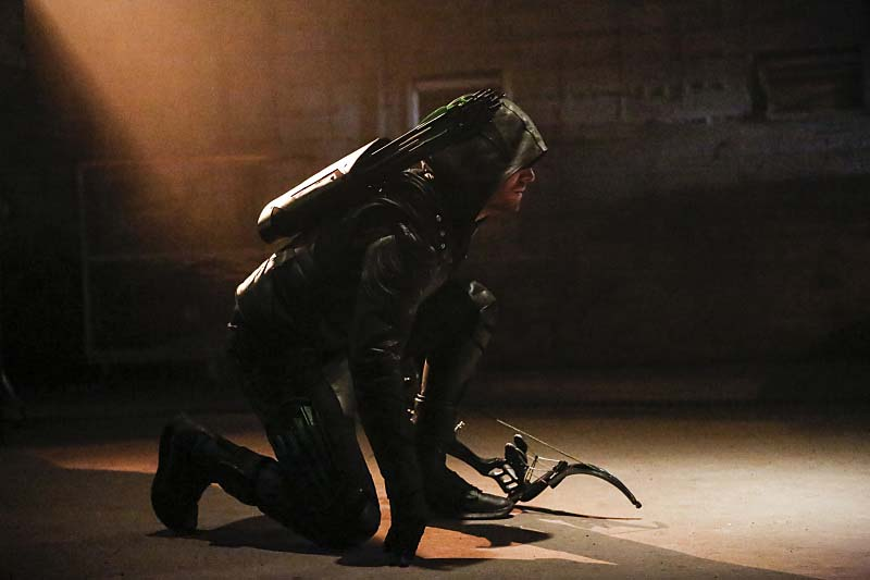 "Arrow -- ""Legacy"" -- Image AR501c_0155b --- Pictured: Stephen Amell as Green Arrow -- Photo: Bettina Strauss/The CW -- Ì?å© 2016 The CW Network, LLC. All Rights Reserved."