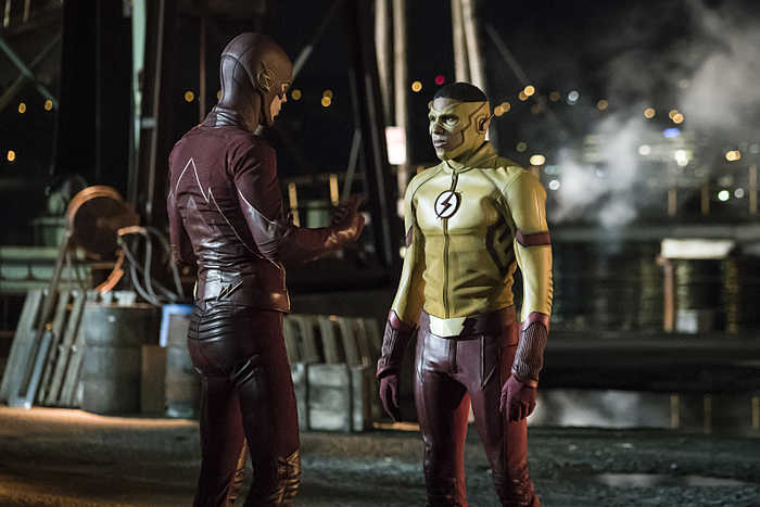 "The Flash -- ""Flashpoint"" -- Image: FLA301a_0090b.jpg -- Pictured (L-R): Grant Gustin as The Flash and Keiynan Lonsdale as Kid Flash -- Photo: Katie Yu/The CW -- © 2016 The CW Network, LLC. All rights reserved."