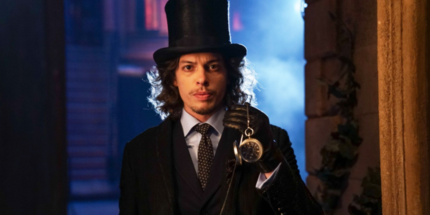 Benedict Samuel as the Mad Hatter in Gotham Season 3 [Image: DC Comics]