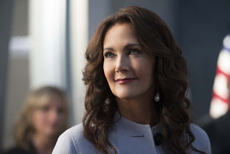 "Supergirl -- ""Welcome to Earth"" -- Image SPG203c_0249 -- Pictured: Lynda Carter as President Olivia Marsdin -- Photo: Diyah Pera/The CW -- Ì?å© 2016 The CW Network, LLC. All Rights Reserved"