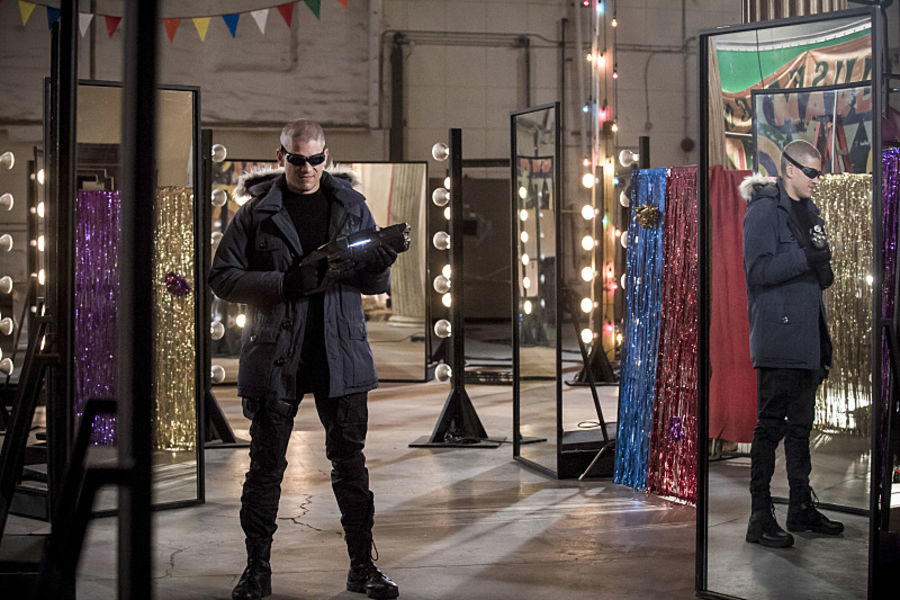 "The Flash -- ""The New Rouges"" -- Image FLA304b_0147b.jpg -- Pictured: Wentworth Miller as Leonard Snart/Captain Cold -- Photo: Katie Yu/The CW -- © 2016 The CW Network, LLC. All rights reserved."