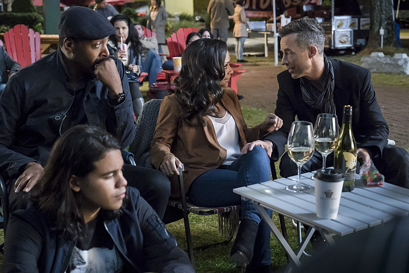 "The Flash -- ""Shade"" -- Image FLA306a_0055b.jpg -- Pictured (L-R):  Carlos Valdes as Cisco Ramon, Jesse L. Martin as Detective Joe West, Danielle Nicolet as D.A. Cecile Horton and Tom Cavanagh as Harrison Wells -- Photo: Katie Yu/The CW -- © 2016 The CW Network, LLC. All rights reserved."