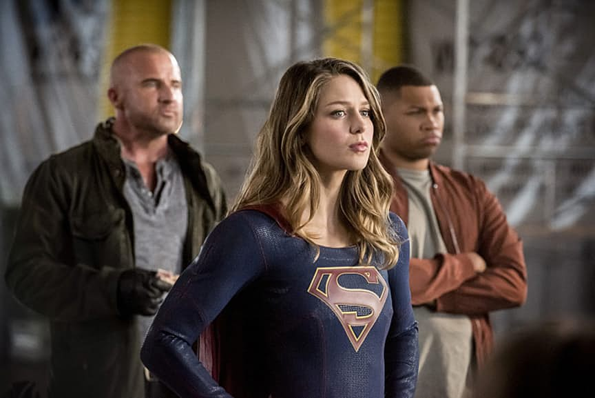 "The Flash -- ""Invasion!"" -- Image FLA308b_0440b.jpg -- Pictured (L-R): Dominic Purcell as Mick Rory/Heat Wave, Melissa Benoist as Kara/Supergirl and Franz Drameh as Jefferson ""Jax"" Jackson -- Photo: Dean Buscher/The CW -- © 2016 The CW Network, LLC. All rights reserved."