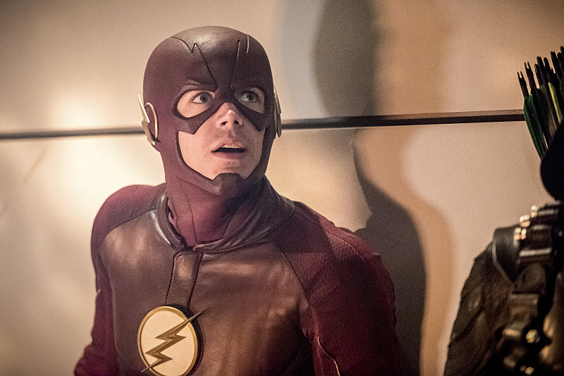 "The Flash -- ""Invasion!"" -- Image FLA308c_0343b.jpg -- Pictured: Grant Gustin as The Flash -- Photo: Dean Buscher/The CW -- © 2016 The CW Network, LLC. All rights reserved."