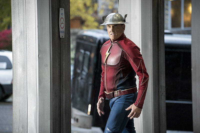 "The Flash -- ""The Present"" -- Image FLA309a_0280b.jpg -- Pictured: John Wesley Shipp as Jay Garrick -- Photo: Katie Yu/The CW -- © 2016 The CW Network, LLC. All rights reserved."