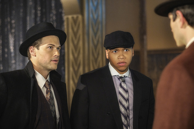 "DC's Legends of Tomorrow --""The Chicago Way""-- LGN208b_0289.jpg -- Pictured (L-R): Nick Zano as Nate Heywood/Steel and Franz Drameh as Jefferson ""Jax"" Jackson -- Photo: Robert Falconer/The CW -- © 2016 The CW Network, LLC. All Rights Reserved"