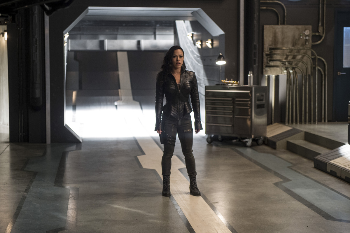 """The Flash -- """"Dead or Alive"""" -- Image FLA311b_0040b.jpg -- Pictured: Jessica Camacho as Gypsy -- Photo: Diyah Pera/The CW -- © 2017 The CW Network, LLC. All rights reserved."""