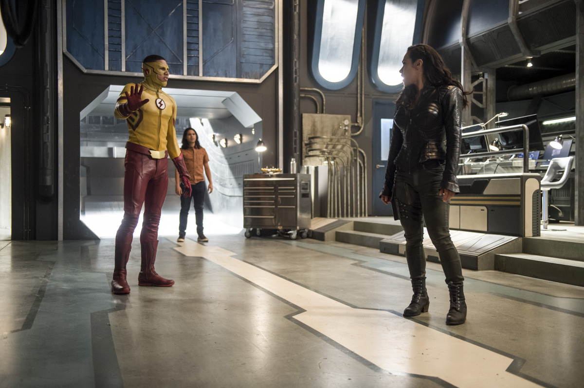 """The Flash -- """"Dead or Alive"""" -- Image FLA311b_0052b.jpg -- Pictured (L-R): Keiynan Lonsdale as Kid Flash, Carlos Valdes as Cisco Ramon and Jessica Camacho as Gypsy -- Photo: Diyah Pera/The CW -- © 2017 The CW Network, LLC. All rights reserved."""