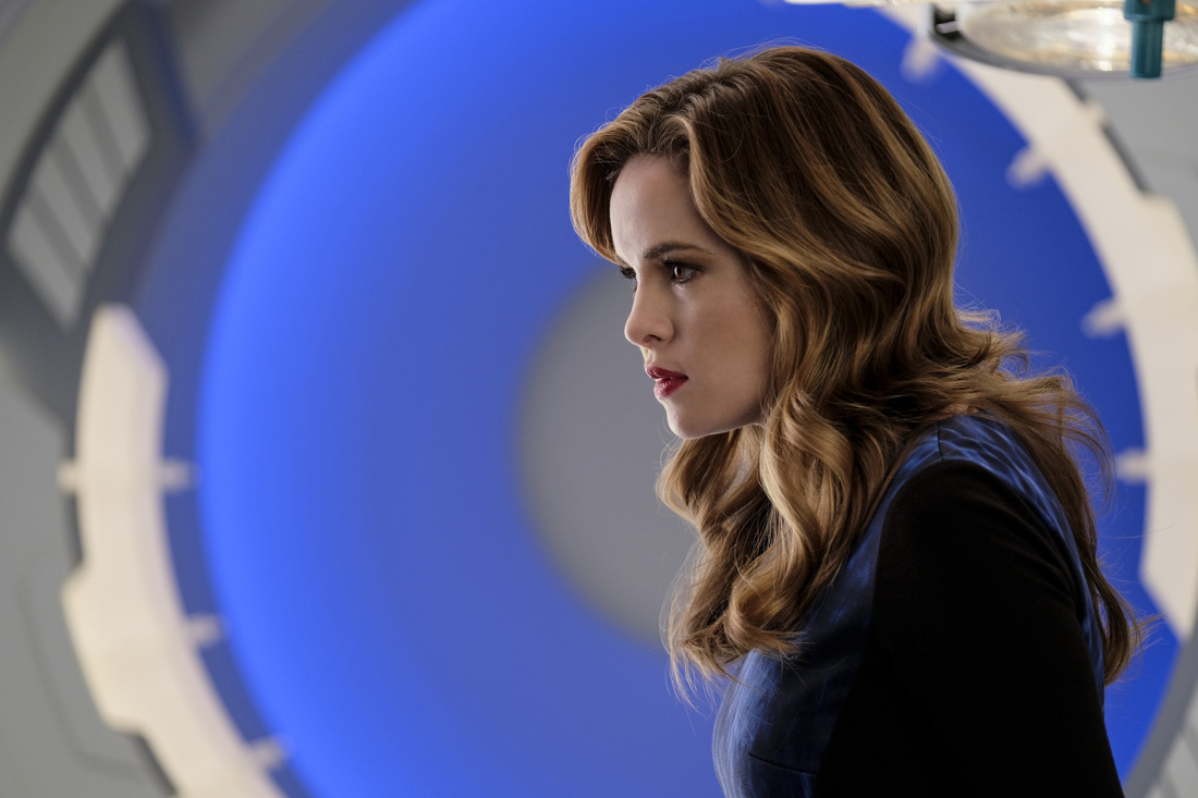 "The Flash -- "" Untouchable"" -- FLA312a_0141b.jpg -- Pictured: Danielle Panabaker as Caitlin Snow -- Photo: Robert Falconer/The CW -- © 2017 The CW Network, LLC. All rights reserved."