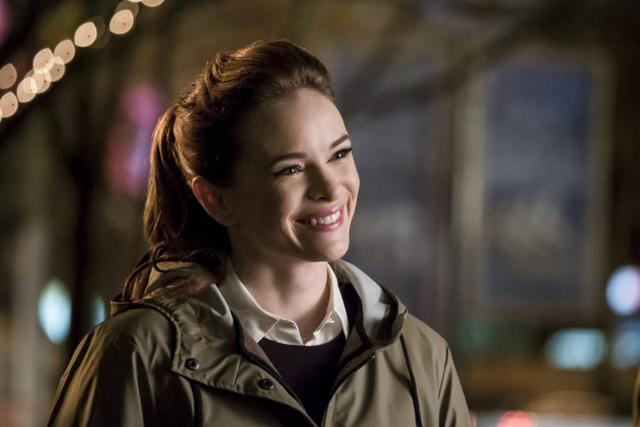 "The Flash -- ""Attack on Gorilla City"" -- FLA313a_0102b.jpg -- Pictured: Danielle Panabaker as Caitlin Snow -- Photo: Katie Yu/The CW -- © 2017 The CW Network, LLC. All rights reserved."