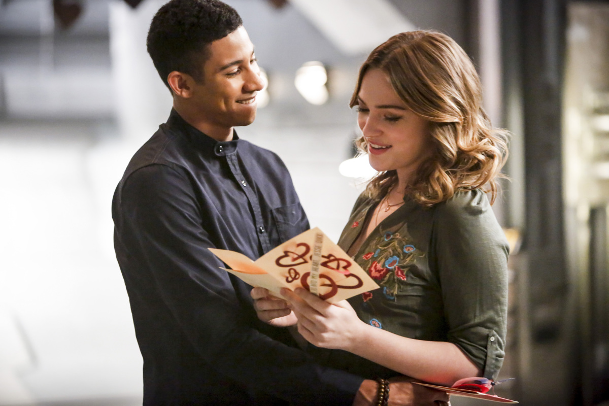 "The Flash -- ""Attack on Central City"" -- FLA314b_0130b.jpg -- Pictured (L-R): Keiynan Lonsdale as Wally West and Violett Beane as Jesse Quick -- Photo: Bettina Strauss/The CW -- © 2017 The CW Network, LLC. All rights reserved."