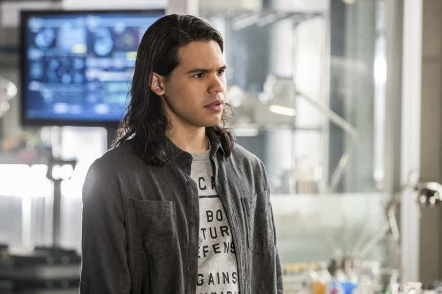 "The Flash -- "" Abra Kadabra"" -- FLA318a_0245b.jpg -- Pictured: Carlos Valdes as Cisco Ramon -- Photo: Jack Rowand/The CW -- © 2017 The CW Network, LLC. All rights reserved."
