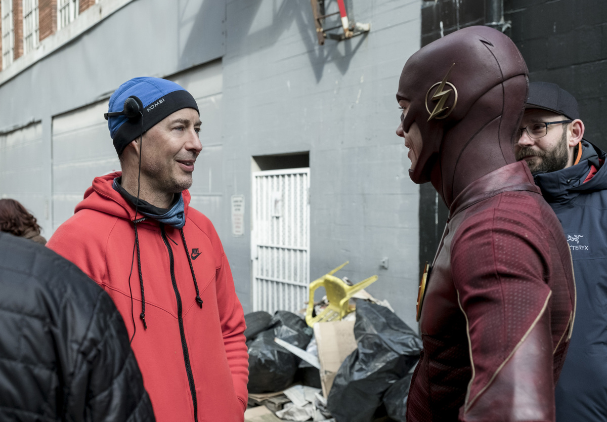 "The Flash -- ""The Once and Future Flash"" -- FLA319a_BTS_0181b.jpg -- Pictured: Behind the scenes with Tom Cavanagh and Grant Gustin -- Photo: Katie Yu/The CW -- © 2017 The CW Network, LLC. All rights reserved."