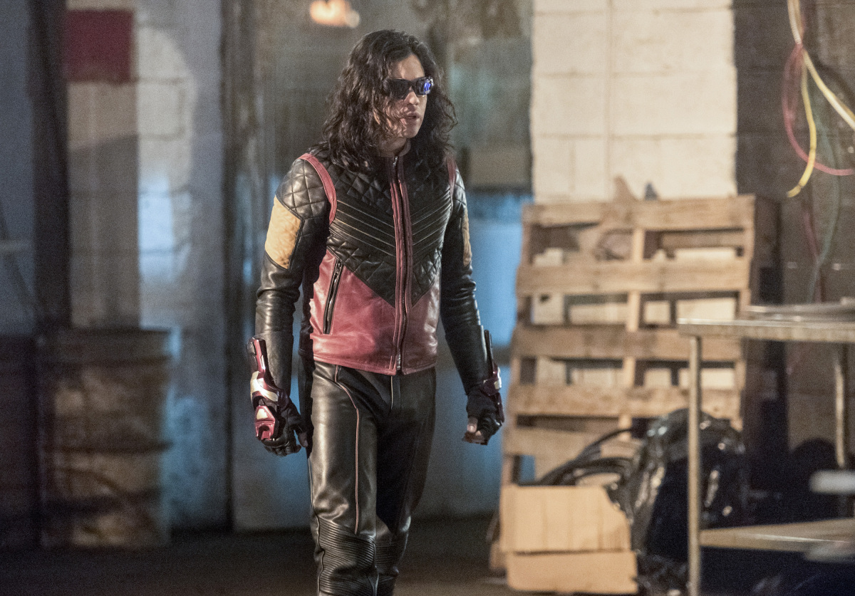 "The Flash -- ""I Know Who You Are"" -- FLA320b_0411b.jpg -- Pictured: Carlos Valdes as Cisco Ramon -- Photo: Dean Buscher/The CW -- © 2017 The CW Network, LLC. All rights reserved."