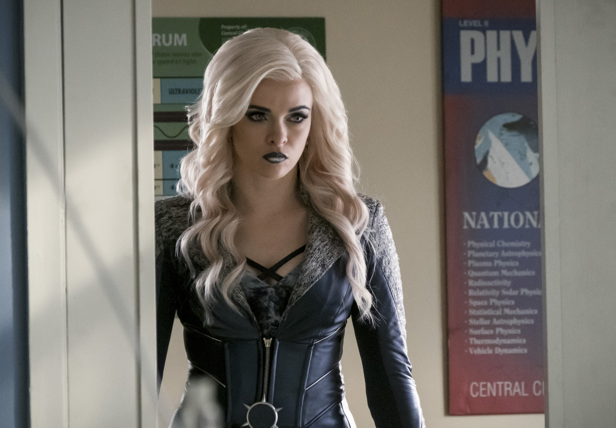 "The Flash -- ""I Know Who You Are"" -- FLA320a_0052b.jpg -- Pictured: Danielle Panabaker as Killer Frost -- Photo: Katie Yu/The CW -- © 2017 The CW Network, LLC. All rights reserved."