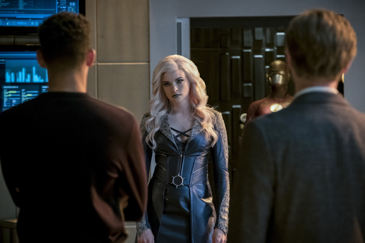 "The Flash -- ""Cause and Effect"" -- FLA321a_0085b2.jpg -- Pictured (L-R): Keiynan Lonsdale as Wally West, Danielle Panabaker as Killer Frost and Tom Felton as Julian Albert -- Photo: Jeff Weddell /The CW -- © 2017 The CW Network, LLC. All rights reserved."